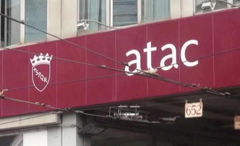 Donna incastrata nella Metro a Termini, Atac sta accertando le responsabilità