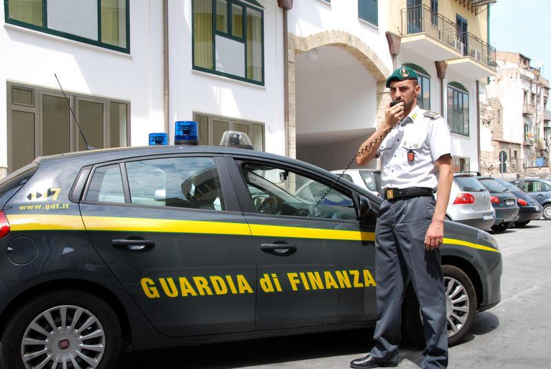 Sequestrati aeroporto Fiumicino shaboo arrestato corriere