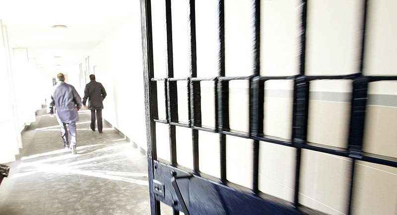 Roma, si costituisce alla stazione di Cerveteri l'evaso dal carcere di Rebibbia