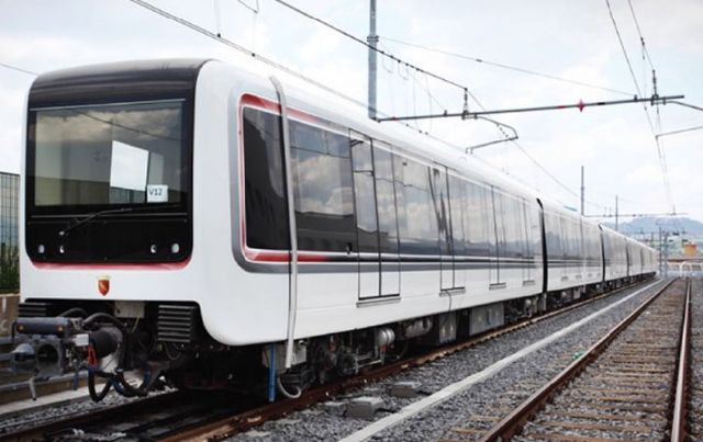 Casilina incendio via Siculiana Metro C bloccata oggi 29 luglio 2021