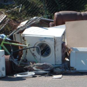 Roma, mancata raccolta rifiuti nei maggiori quartieri: la denuncia di Figliomeni-Santori (FDI)