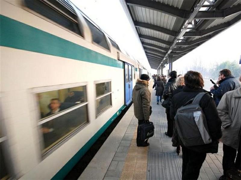FL4 Roma Velletri ritardi cancellazioni 24 febbraio 2020