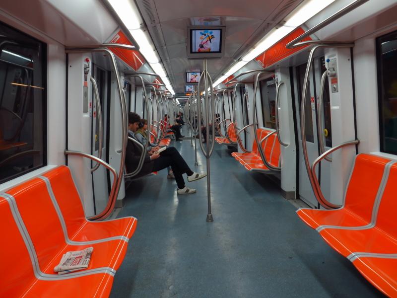 roma metro b b1 guasto laurentina
