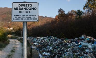 Marino, sanzionata un'impresa per abbandono di rifiuti
