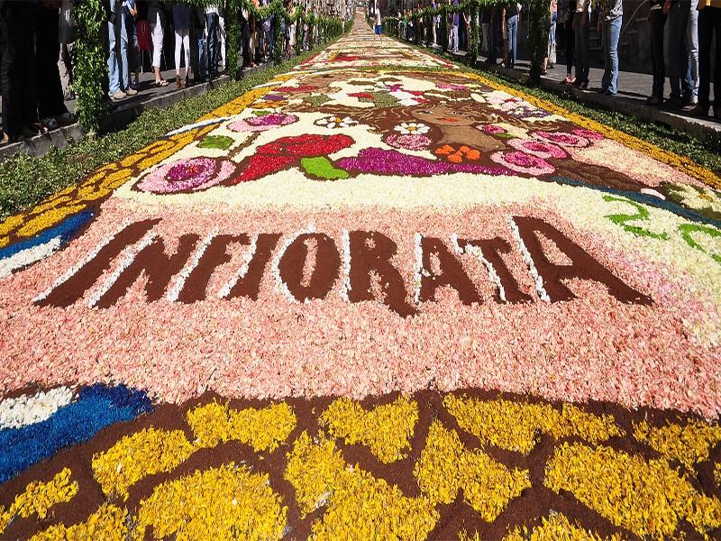Ufficializzate le date della Tradizionale Infiorata di Genzano di Roma: quest'anno la manifestazione si terrà il 22, il 23 e il 24 giugno