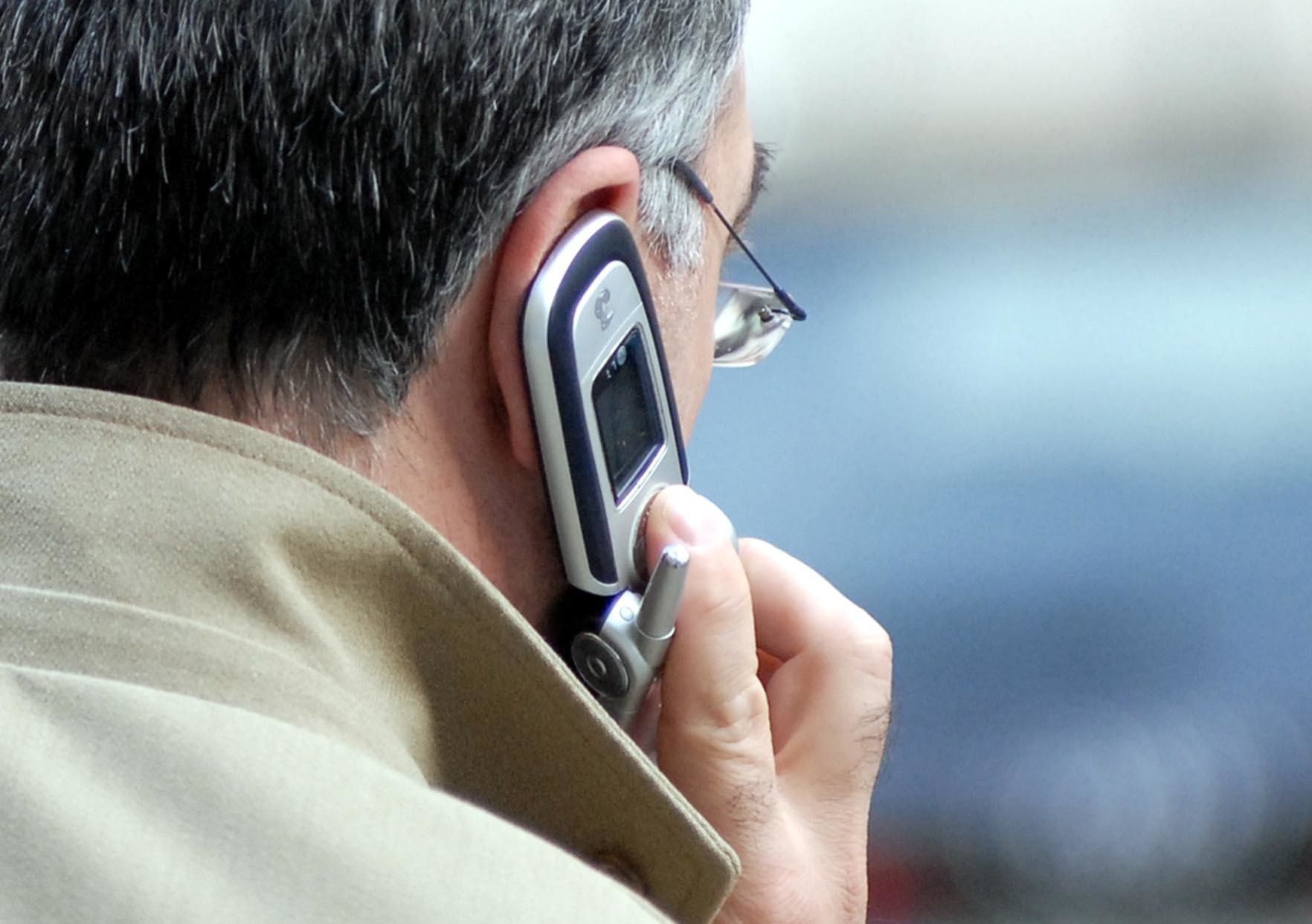 Cellulari e salute. Nuovo studio shock: le telefonate danneggiano la memoria