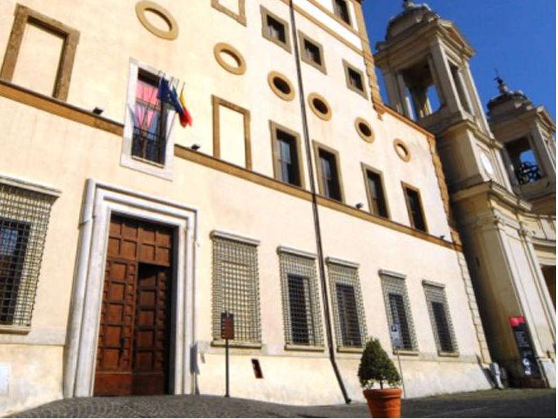 valmontone aula consiliare palazzo Pamphilj