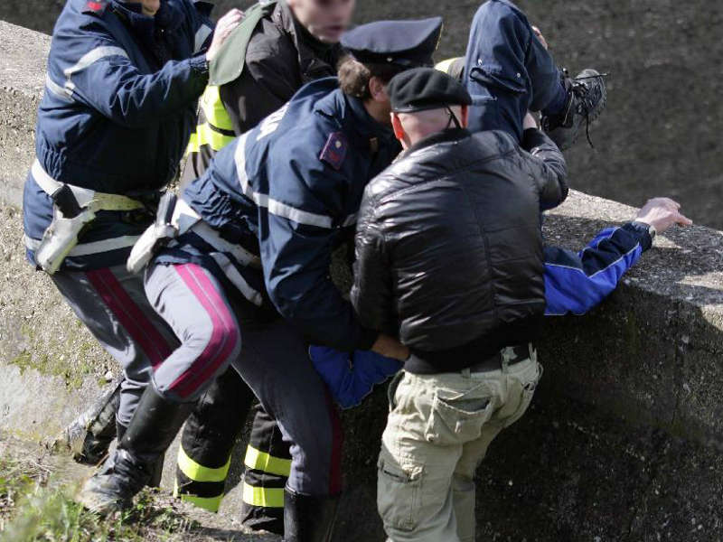 roma prati suicidio ponte vittorio emanuele II