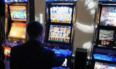 Gioco d'azzardo, Regione Lazio presenta piano No-Slot da 14,4 Milioni