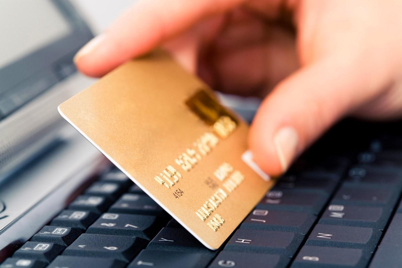 Dark Web: quanto costano i vostri dati personali? Il listino prezzi emerso da un'indagine di Kaspersky