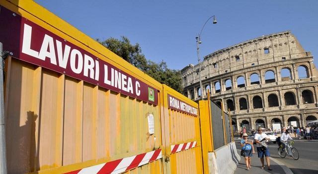 """Legambiente su Metro C a Roma: """"Talpa ferma tra Colosseo e Piazza Venezia per assenza di ok finale del Comune"""""""