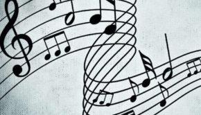 Musica ad alto volume in condominio: se disturba i vicini è reato