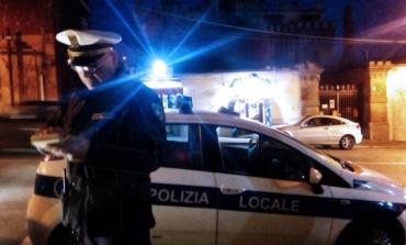 Roma, trovate dalla Polizia Locale in zona Piramide chiavi inglesi e biglie