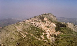 Rocca d'Arce, la spensieratezza degli anni 90 con i Ragazzi del Muretto