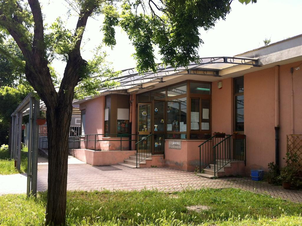 Pomezia, Istituto Enea di Martin Pescatore: al via i lavori per il ripristino del muro di recinzione e per la Zona 30