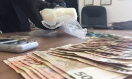 Roma, Trastevere, market della droga a conduzione familiare: Carabinieri arrestano madre e figlio pusher
