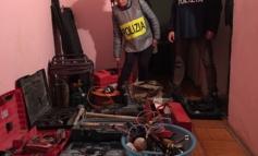 Roma, banda di ladri arrestata dalla Polizia di Stato: rubavano valigie ai turisti