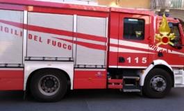 Ostia, incendio in via dell'Appagliatore: un appartamento in fiamme