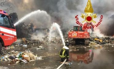 Ardea, Incendio Eco X: indicazioni operative per la cittadinanza