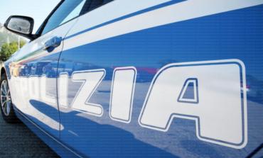 Roma, in strada a sirene spiegate: arrestati due finti agenti