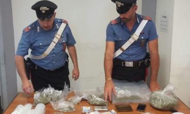 Roma, Centocelle, Carabinieri intervengono per una lite in famiglia e arrestano 25enne trovato in possesso di droga