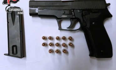 Ardea, controlli dei Carabinieri sul litorale: arrestate due persone per possesso di armi e droga