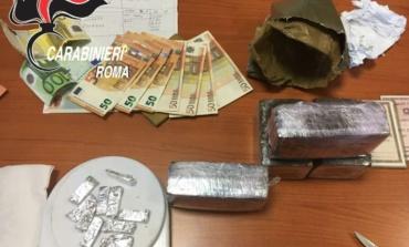 Roma, Torre Maura, detenevano oltre 2 kg di marijuana: arrestati 5 coinquilini pusher