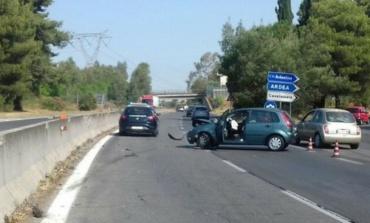 Ennesimo incidente sulla Pontina, svincolo per Ardea: rallentamenti direzione Roma