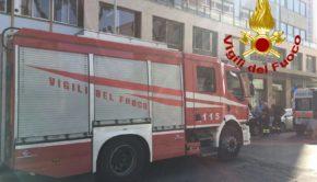 Incendi a Colleferro: fiamme nella zona del Castello, ai piani artigianali e in via Latina, verso Artena