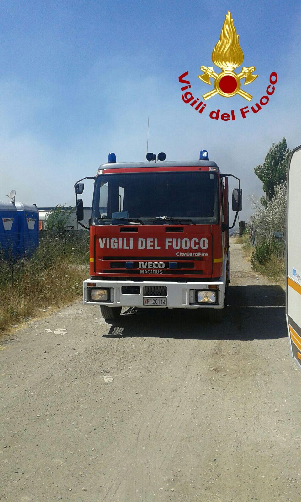 SS148 Pontina incendio Le Ferriere/Borgo Montello oggi 11 luglio 2019 latina