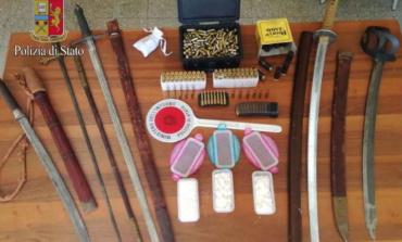 Roma, Prati: alla ricerca di armi illegali, trovano droga e munizioni