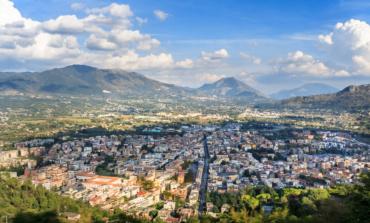 Cassino, incidente su Corso della Repubblica: ferite due ragazze