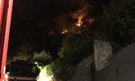 Artena, sempre alta l'allerta per gli incendi: Vigili del Fuoco operativi anche di notte