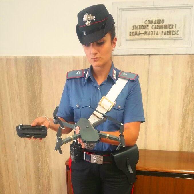 Drone vicino San Pietro, controlli