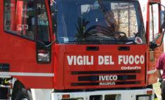Nettuno, paura in via Napoli: incendio all'interno di un appartamento
