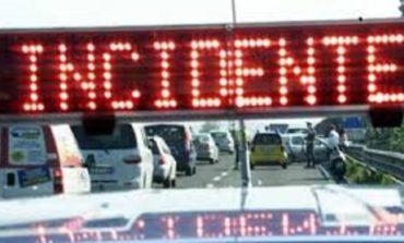 Due camion tamponati sulla corsia di marcia lenta: code sulla A1 tra Colleferro e Anagni