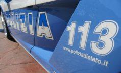 Cassino, A1: all'alt della Polizia accelera. Quattro arrestati