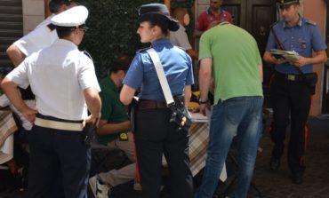 """""""Tavolino selvaggio"""", controlli in centro della Polizia Locale di Roma per il rispetto degli spazi pubblici"""