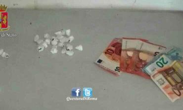Drive-in della cocaina a Tor Bella Monaca: intervento antidroga della Polizia, arrestati altri due pusher