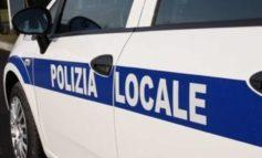 Ostia, pattuglia della Polizia Locale impedisce un suicidio