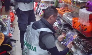 Castelli Romani, la Guardia di Finanza sequestra migliaia di maschere e giocattoli per Halloween non a norma