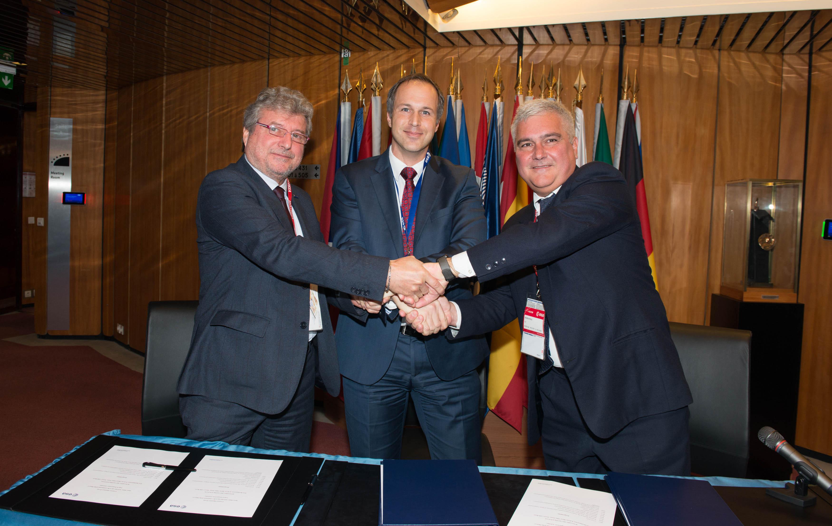 Firmati con ESA i contratti di sviluppo di Vega E e Space Rider