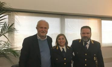 Fiumicino, Polizia Locale. Il Sindaco Montino porge i suoi auguri alla nuova vicecomandante Daniela Carola