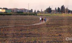 Anche la CNN racconta dello sfruttamento degli addetti alla raccolta dei pomodori in Puglia
