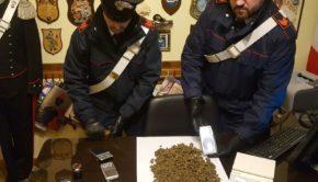 Cecchina, arrestato 17enne: ritrovato con stupefacente in casa dopo un insolito via vai...