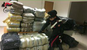"""Roma, maxisequestro di marijuana dei carabinieri: 3 persone arrestate e recuperati oltre 3,6 quintali di """"erba"""" (FOTO)"""