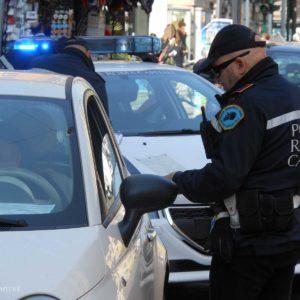 parco di colle oppio arrestato pusher dalla polizia locale