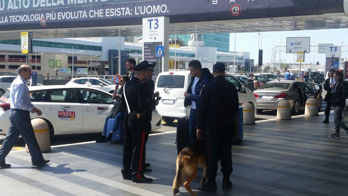 Fiumicino, controlli intensificati all'aeroporto Leonardo Da Vinci: due persone denunciate