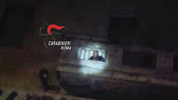 Ladro d'appartamento a Colle Salario: l'uomo è stato sorpreso in flagrante in via Force