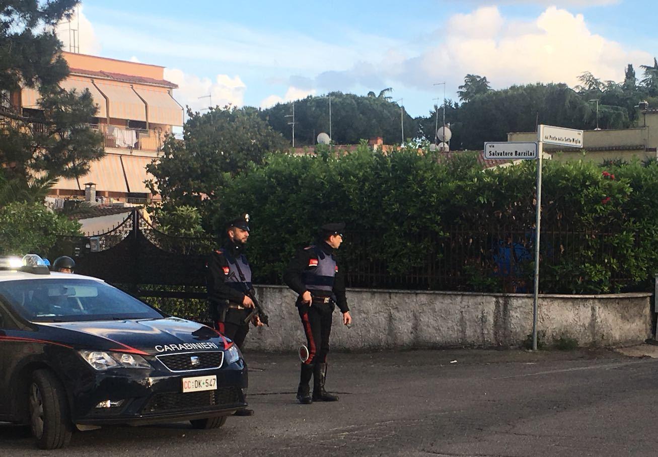 Romanina, componente famiglia Casamonica vìola la sorveglianza speciale: spintona i Carabinieri e viene nuovamente arrestato